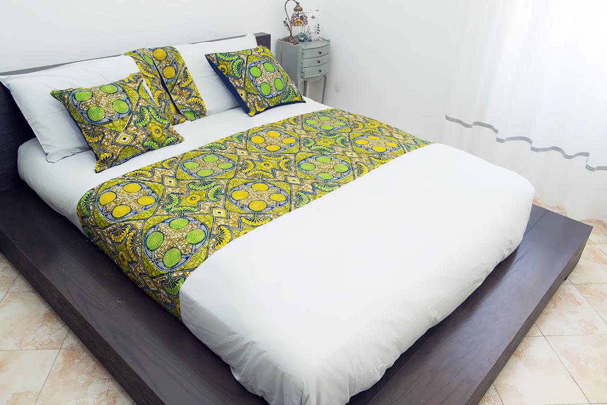 Federa cuscino arredo quadrato blu giallo e verde - Divano letto quadrato ...